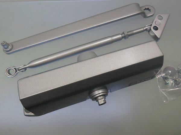 ترمز درب کینگ کد k-740 در فروشگاه اینترنتی تجهیزیراق
