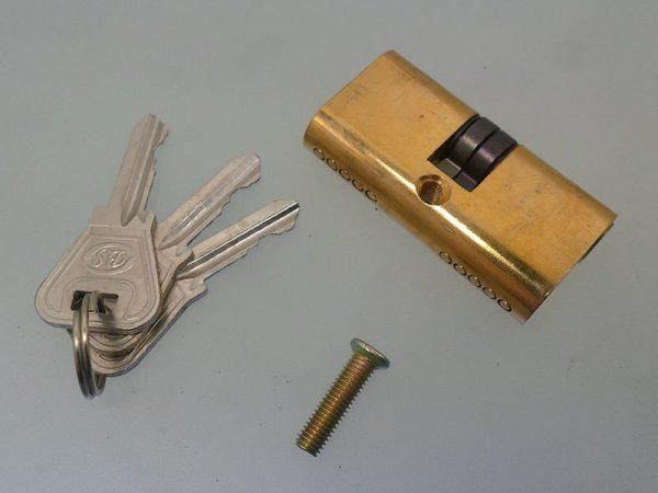 سیلندر 6 سانت بیضی درب فلزی در فروشگاه اینترنتی تجهیزیراق