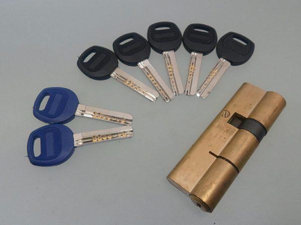 سیلندر9 سانت قابلمه درب ضد سرقت با کلید کامپیوتری در فروشگاه اینترنتی تجهیزیراق