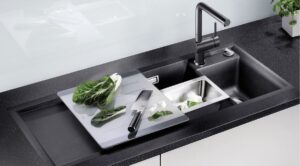 نحوه تمیز کردن سینک ظرفشویی