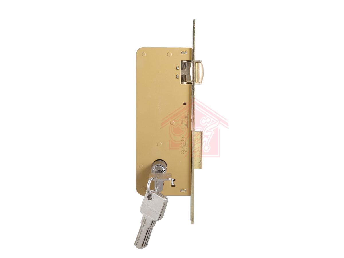 نمای پهلو قفل درب غلطکی 6.5 سانت دلتا همراه با سیلندر