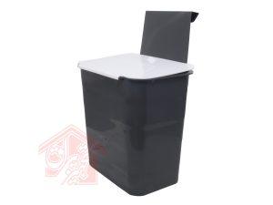 سطل-زباله-روی-در-کابینت-بزرگ-تجهیزیراق