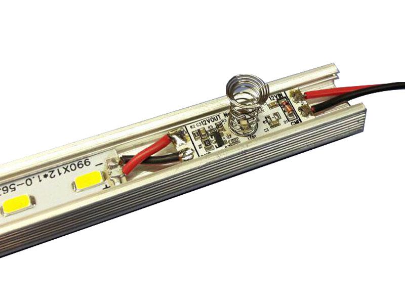 نمای فنر حسگر فنری نصب شده داخل چراغ ال ای دی