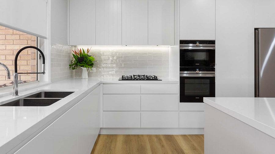 اشپزخانه مدرن با نورپردازی جدید