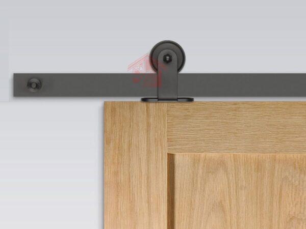 نمای نصب شده درب کشویی ریلی فلزی مدل R-130